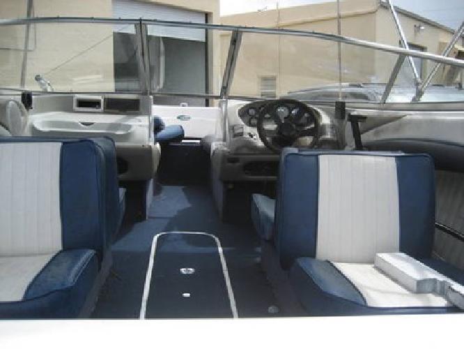 $1,100 18 ft. Bayliner Capri