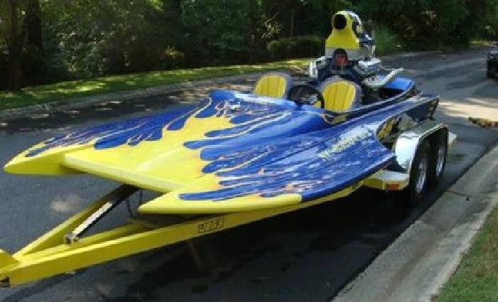 $12,000 Bradford Hondo High-Performance Boat