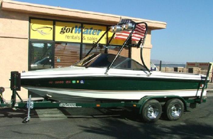 $12,495 2001 Calabria XTS Sportcomp Ski & Wakeboard Boat