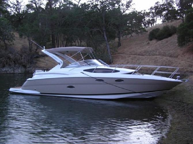 $125,000 2006 Regal 3360 Window Express Cabin Cruiser (Only 135 Hours)