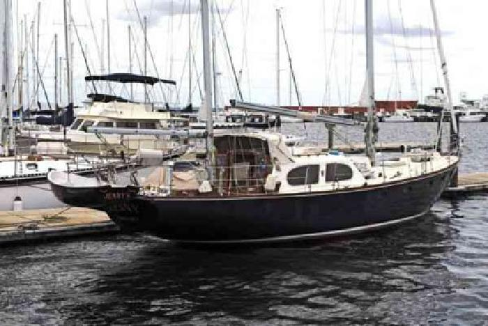 $139,000 Used 1965 Palmer Johnson, Inc. built for Pearson- 44 Countess for sale