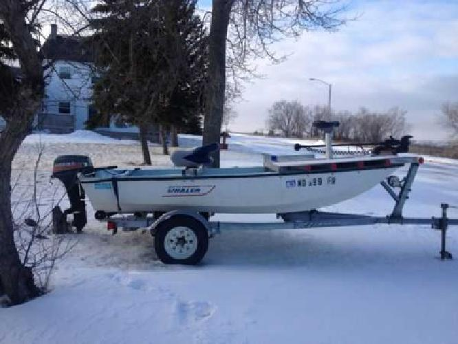 $1,400 boston whaler (NEW PHOTO) (Pick City)