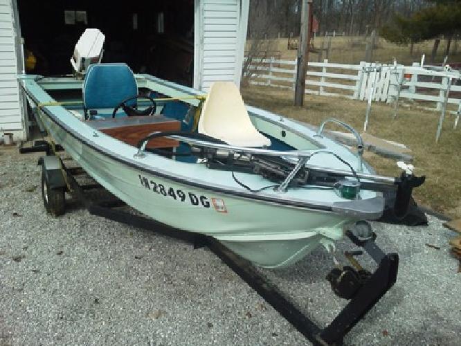 16' Smoker-Craft Boat w/20hp Chrysler