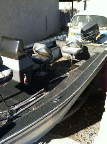 $1,700 Bass Tracker Deep V 17 (Las Vegas)