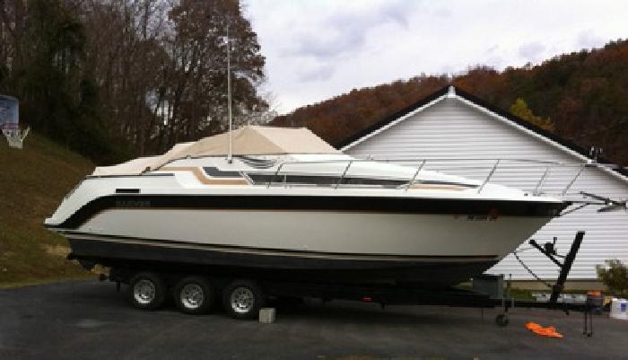 '1989 Carver Boats 2557 Montego