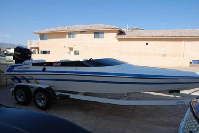 1995 Lavey Craft Sebring Boat
