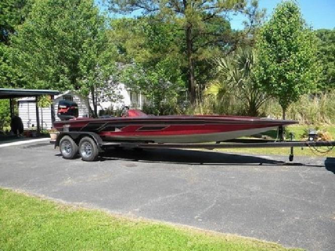 1999 Legends 233 Exciter Bass Boat