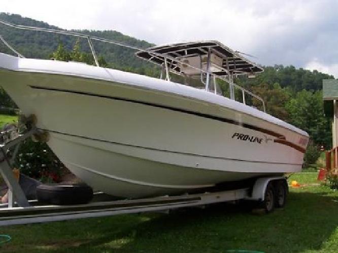 1999 Proline 2700 Boat