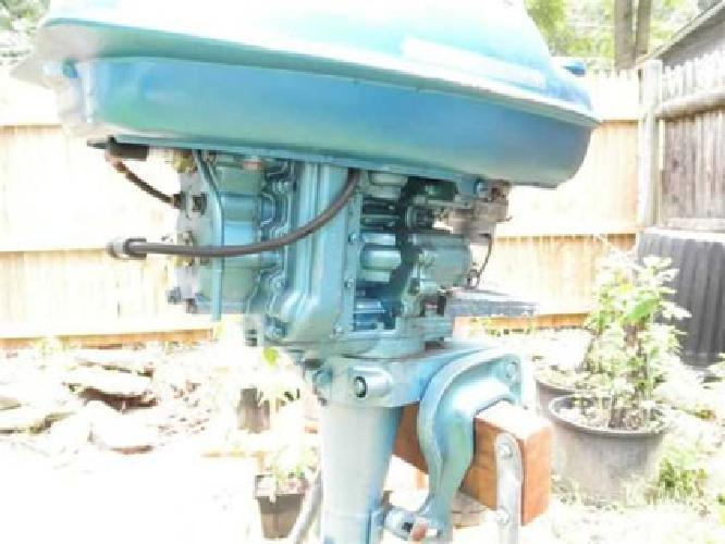 $200 1950 Champion 7.9HP Racing Outboard (Salem, NH)