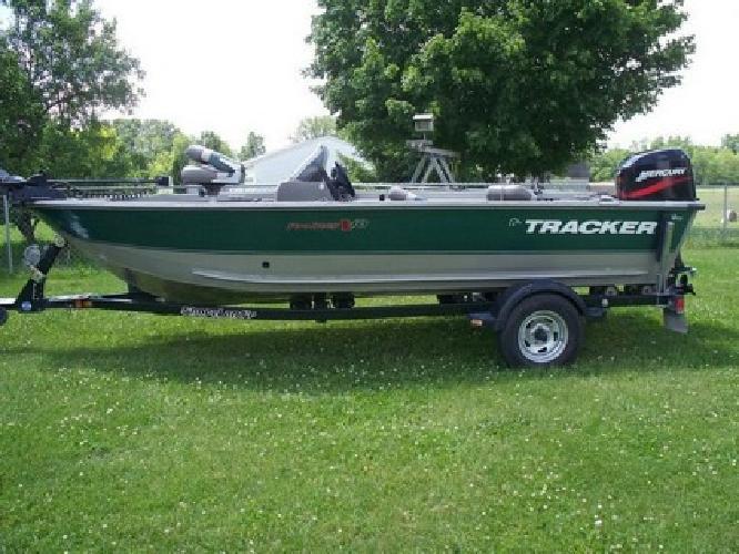 2000 Tracker Pro Deep V16, Shorelander Trailer, 50HP Mercury