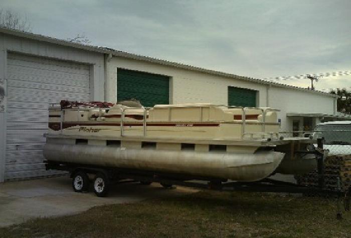 2002 Fisher Liberty 240