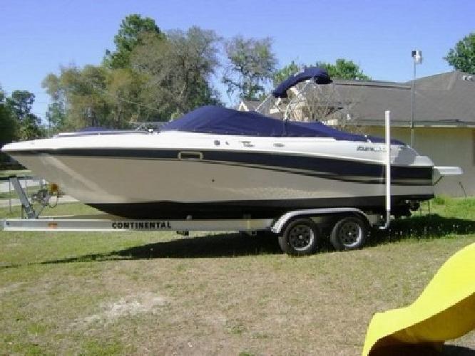 2002 Four Winns 240 HORIZON Boat