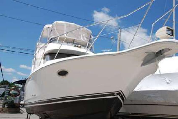 2002 Silverton 352 Motor Yacht