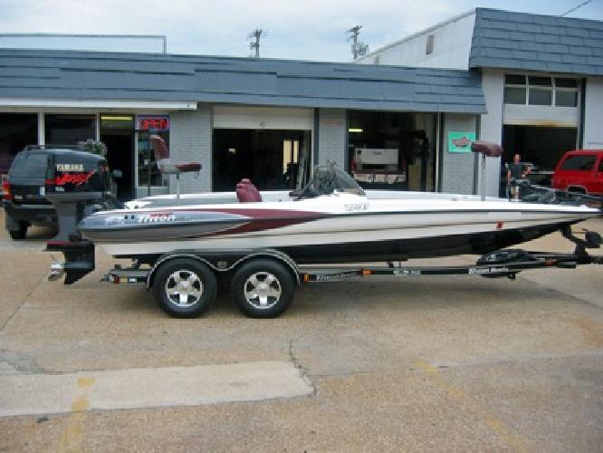 2002 Triton TR21 Boat