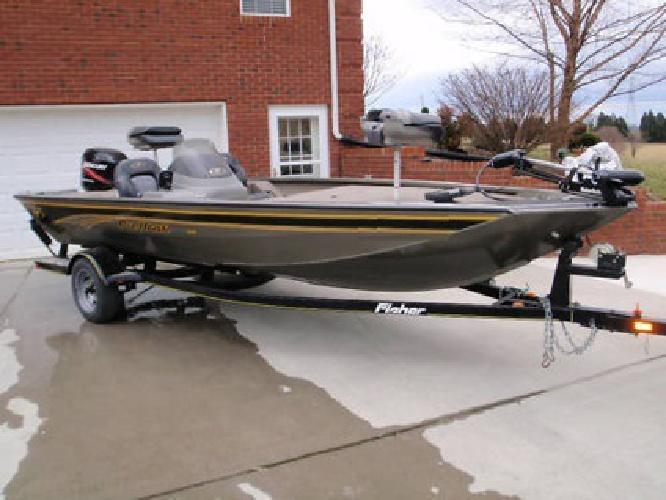 2003 Fisher Pro Hawk Boat