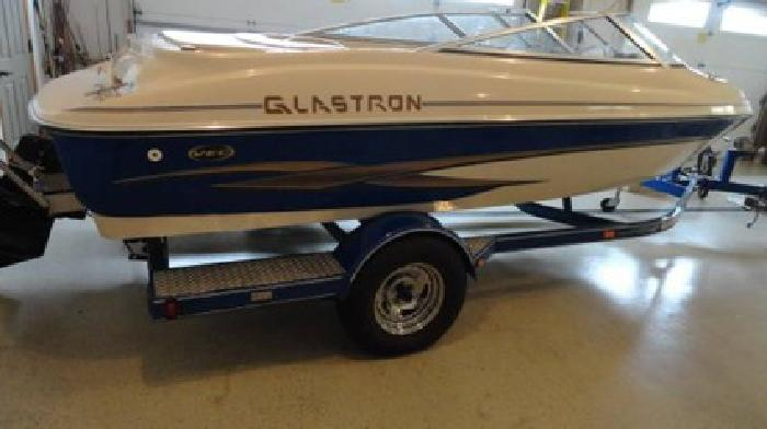 2003 Glastron GX185 - Like NEW Condition - I/O - Open Bow