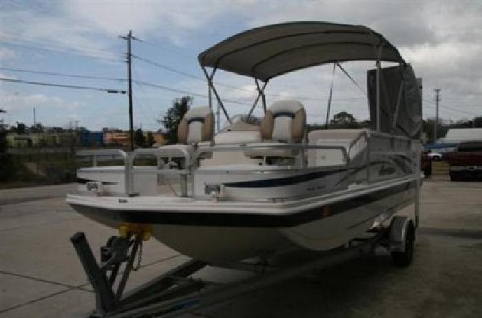 2008 Hurricane 196 REF Deck Boat
