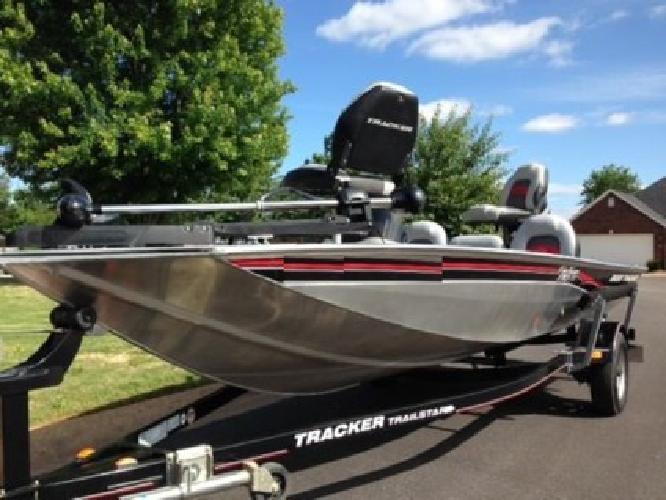 2010 Tracker Bass Tracker 170 Pro Team