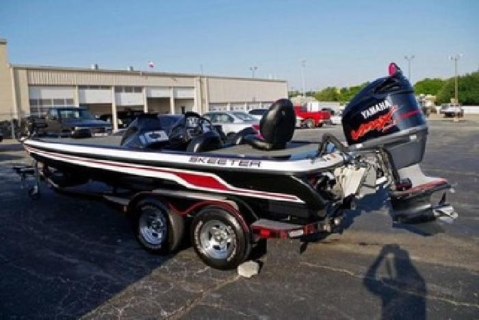 2011 Skeeter ZX225 20' Dual Console