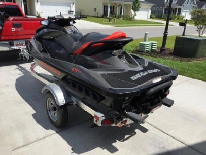 2014 SEA-DOO GTI 155 Excellent condition! Low hours