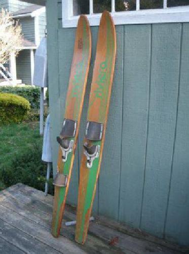 $25 water skiis (bridgewater ma)