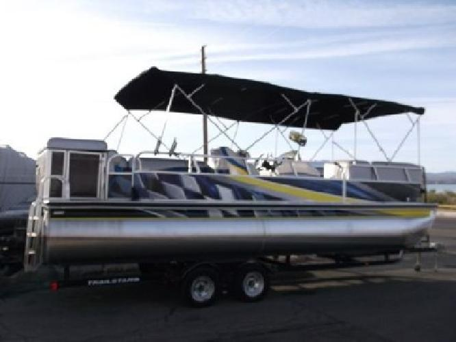 $25,900 2005 Suntracker Party Barge 25 Xp3 I/O