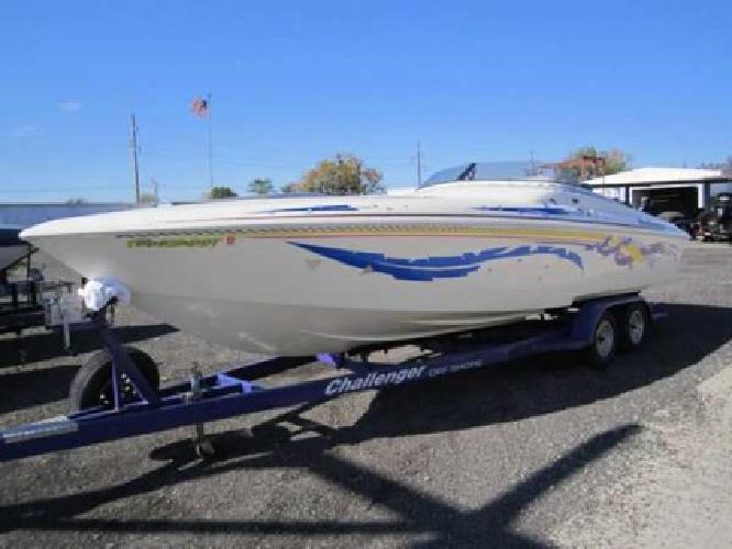 $26,500 V28 Powerboat w/ 502MPI and Pro Charger