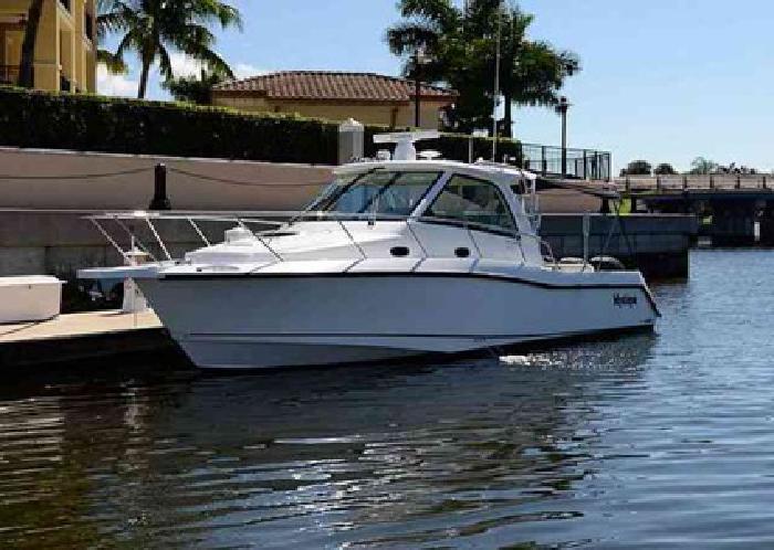 $279,000 2008 Boston Whaler 345 CONQUEST