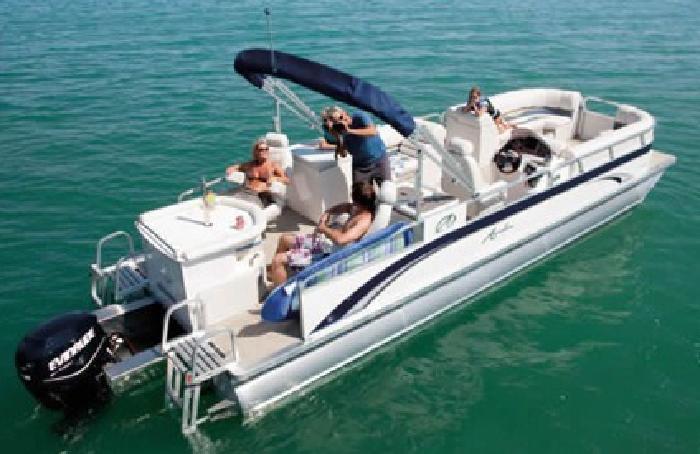 $31,950 2012 Windjammer Sandbar 26' - 3 Tubes