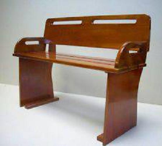 $350 Boston Whaler Mahagony Seat. (Marblehead)