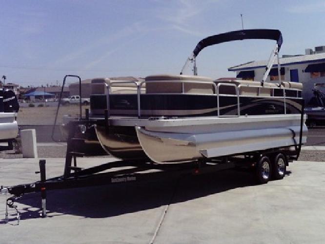 $35,900 2012 New Bennington Tri Toon