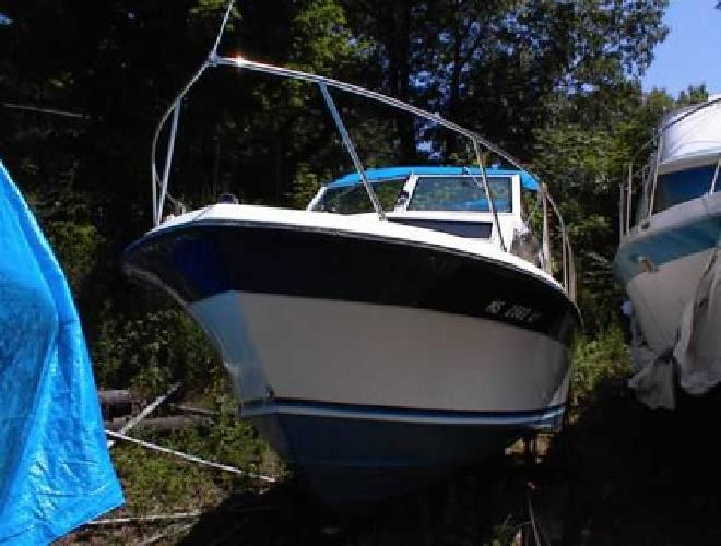 $4,000 24' Wellcraft Sportfisherman Price Lowered (Norwood)