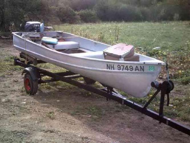 $450 11 foot aluminum boat