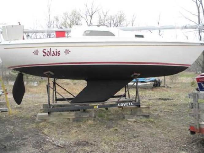 $5,000 1982 Pearson sailboat (Menominee MI)