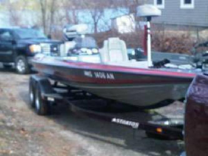 $7,500 1993 Stratos 21ss Extreme Bass Boat