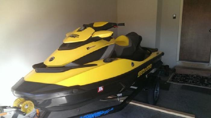$9,500 2010 Seadoo 260RXT-IS