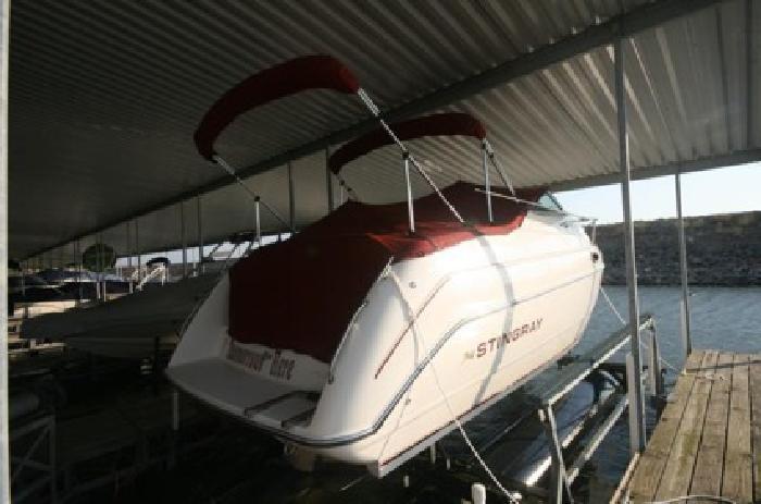 $9,995 Stingray Cruiser 96'