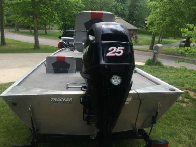 Bass Tracker Pro 16 Mercury 25HP