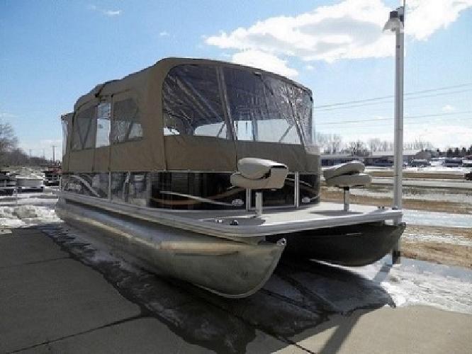 ™2011 Legend 24' Pontoon Boat with New 90HP Mercury™