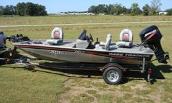 2010 Bass Tracker Pro Team 170 TX. Only been in the water about 4 times, perfect condition, like new. Specs