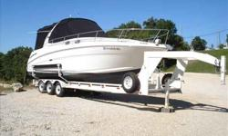 2007 Sea Ray 300 SUNDANCER QUALITY SPORTCRUISER COMBINES SLEEK EUROPEAN STYLING WITH AMERICAN LUXURY, AMENITIES. FLOOR PLAN IS OFFITTED WITH CHERRYWOOD CABNETRY, VNYL WALL COVERINGS, PREMIUM FABRICS AND HARDWARE. MORE GALLEY STOWAGE THAN MOST 30-FOOTERS.