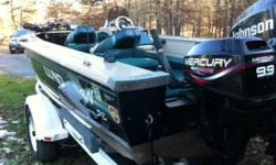 1997 Lund Pro V, 19 foot, 150 Johnson Ficht FastStike 2 stroke motor and 9.9 Mercury 4 stroke kicker motor with master troll controller, 24v electric trolling motor, Live wells and bait stations front and back, rod holders, lockable storage, Shorelander