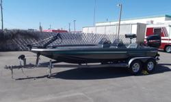 1998 Champion 203 DCX Elite20 1/2 FTBass BoatPowered By MERCURY 225 EFIOutboard 225hp 6 Cyl GasElectronic Fuel Injection & DI Hydro JackEngine Hours