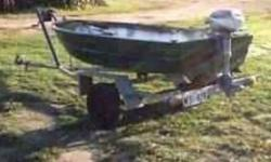 13' all aluminum v-hull Leather Craft fishing boat. It includes the trailer. Also, included 2 trolling motors, battery, 3hp Suzuki outboard, 2 paddles and plug. Boat is in great condition for its age. It has no patches in the aluminum and is stable for 2
