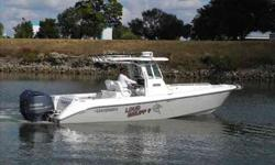 2009 Everglades Boats 290 CENTER CONSOLE *** THIS IS A BROKERAGE BOAT *** This is a very dialed in Everglade Center console. It has twin V/8 Yamaha 350 HP motors with just under 500 hours, at the helm it has twin Garmin 5212 Color touch screen