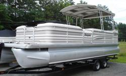 1998 San Pan 2500 25 foot pontoon boat for sale. This boat is in great condition and comes with individual seat covers that are way more manageable than a huge pull over cover, awesome hard top binimi, extra large helm seat, huge front deck perfect for