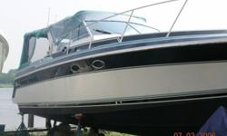 "32"" Wellcraft St. Tropez, twin 350's, inboard v-drives, water cooled. Sleeps 6, very good condition."