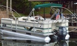 2000 22ft Crest II DL powered by a new 2011 Yamaha F 90 TLR 4 stroke, low hours on engine, seats are in perfect condition, all systems working, Nav lights, docking lights, bimini, radio, Lowrance fish finder/GPS, swim ladder, pontoon cover, soft ride