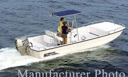 This 24? Carolina Skiff DLX 2005 is located in Essex, CT. What a fabulous all around boating platform! The DLX Series is a pillar of Carolina Skiff?s brand, tracing its design back to the first Carolina Skiff built in 1986 and making it the most popular