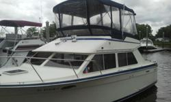 A Great running 30 Tollycraft Sport with Replaced small Blosk FWC Crusadors. Vacu Flush Sealand head/ Full Canvas in great shape and Heat And Air A great boat./